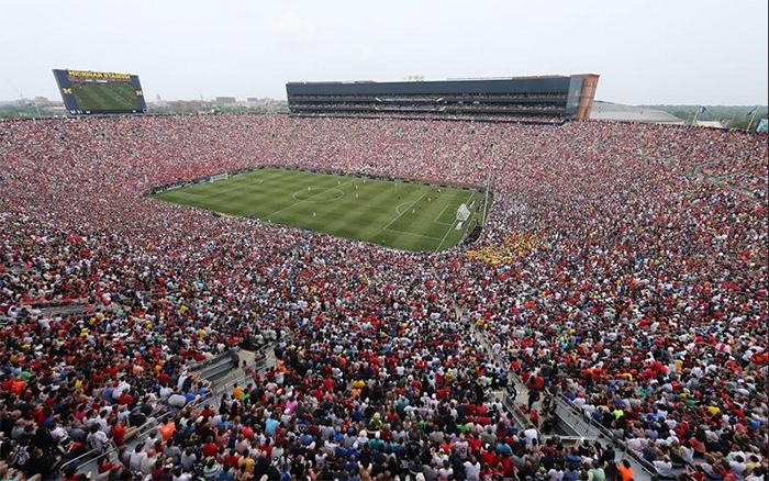 109.000 supporters in het Big House tijdens Manchester United - Real Madrid